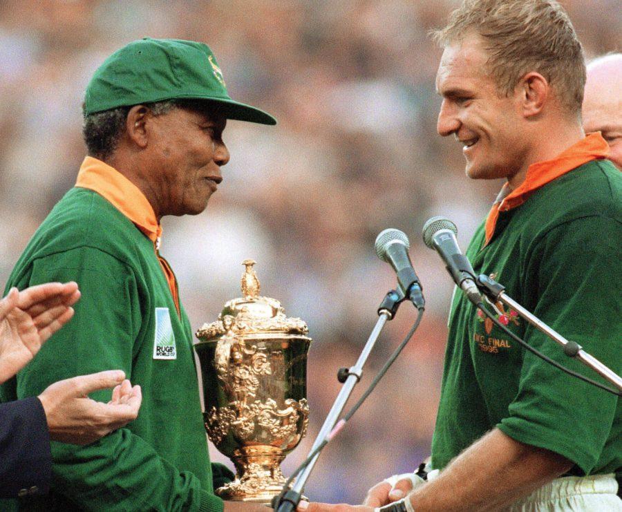 Pienaar premiato da Mandela