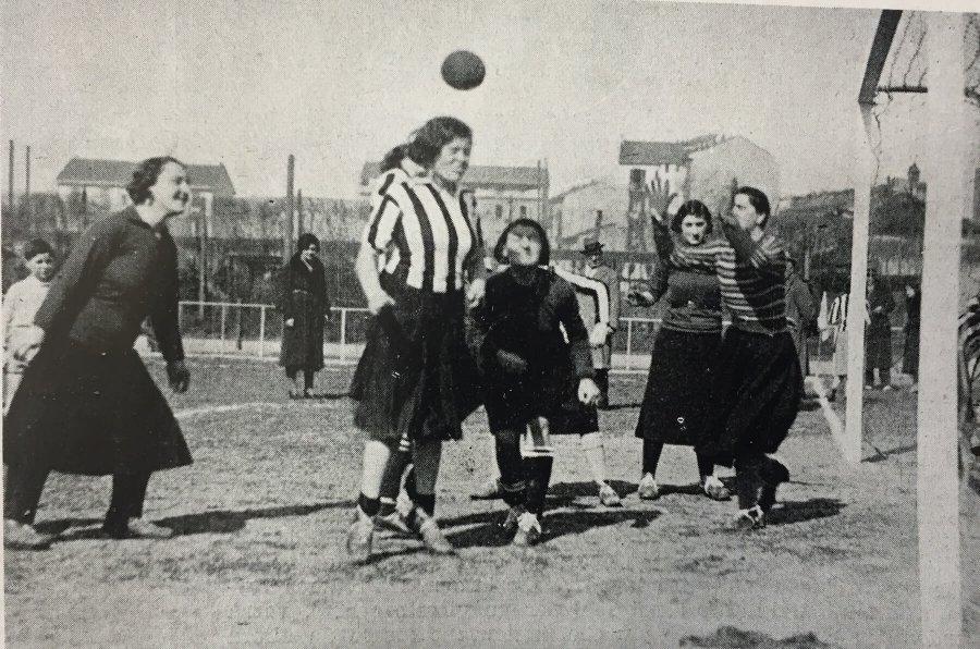 donne-calciatrici-1933