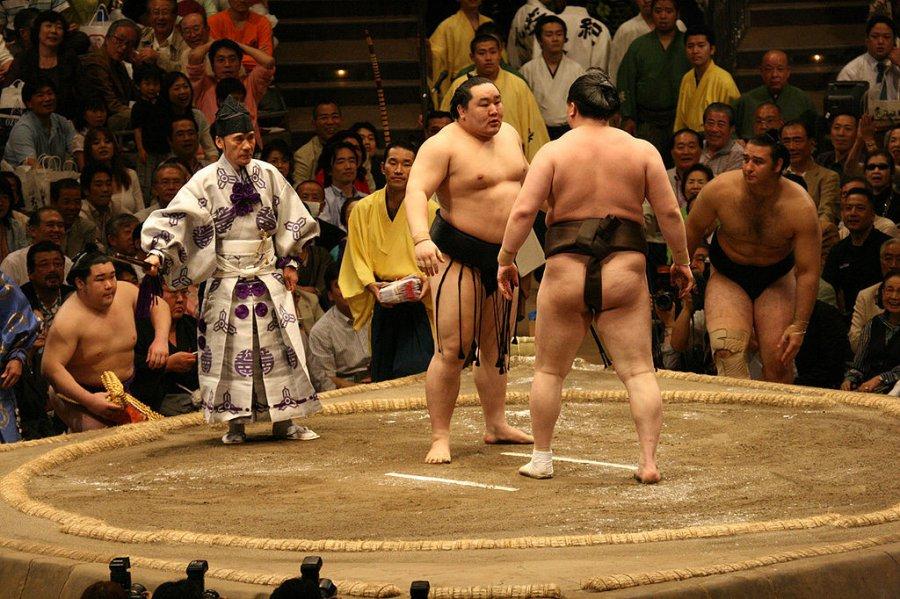 Asashoryu contro Hakuho